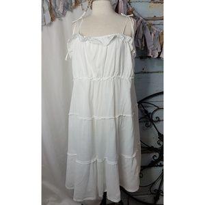 Dresses & Skirts - Plus size white cotton sundress
